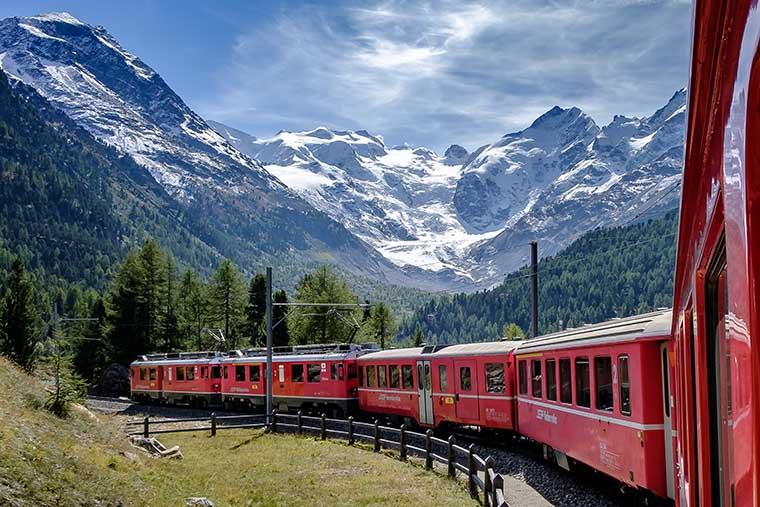 Train in Switzerland.jpg